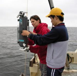 Dr. Leinweber and Takeyoshi Nagai attaching water-sampling bottle